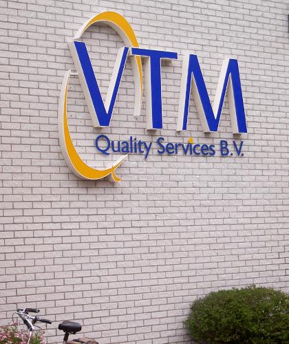 led-letters-vtm