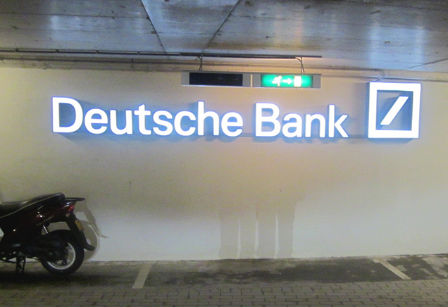 lichtreclame-deutsche-bank