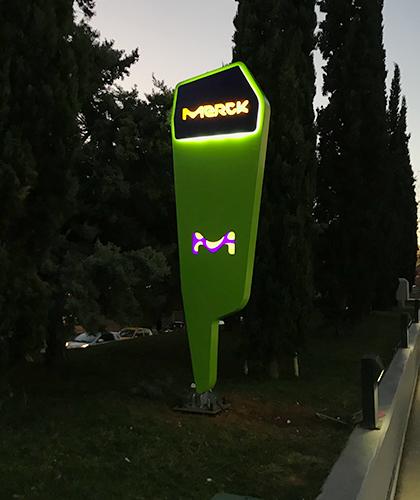 lichtreclame-merck
